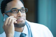 电话的医疗保健专家 免版税库存照片