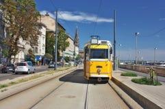 电车在布达佩斯匈牙利 免版税库存图片