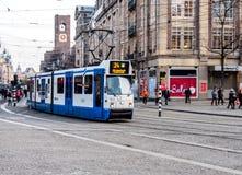 电车在阿姆斯特丹,荷兰 免版税库存照片