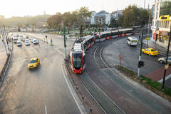 电车街市在伊斯坦布尔 图库摄影