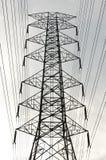 电过帐和一条电线路 免版税图库摄影