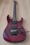 电镀吉他红色 免版税库存照片