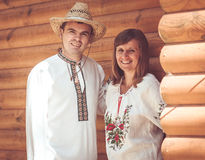 男人和妇女全国礼服的 免版税图库摄影