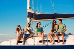 男人和妇女游艇的 免版税库存图片