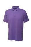 男人或妇女的高尔夫球紫色T恤杉 库存照片