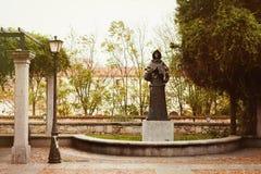 男修道士的雕象 免版税库存图片
