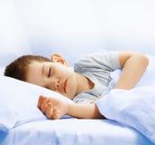 男孩休眠 图库摄影