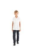 男孩佩带的空白衬衣和黑色牛仔裤 图库摄影