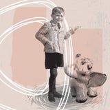 男孩和大象 库存照片