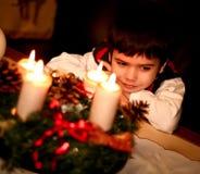 男孩圣诞节逗人喜爱的装饰 库存图片