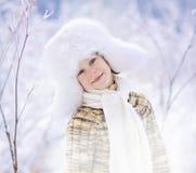 男孩在冬天 库存图片