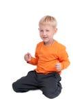 男孩嬉戏的年轻人 库存图片