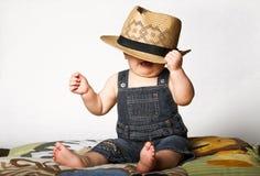 男孩帽子秸杆 免版税库存照片