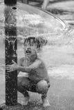 男孩戏剧用水 库存图片