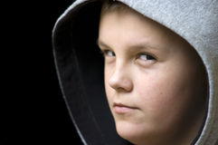男孩戴头巾可疑 库存图片