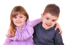 男孩拥抱了女孩 免版税库存照片
