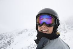 男孩滑雪滑雪者线索 库存图片