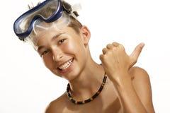 男孩潜水屏蔽 图库摄影