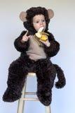 男孩猴子 免版税库存图片