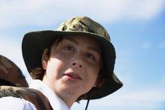 男孩的视域帽子的 库存图片