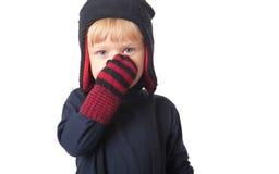 男孩盖帽纵向冬天 免版税库存照片