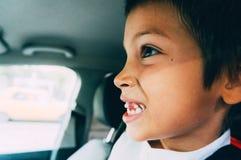 男孩落的牙 库存照片