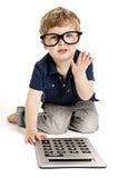 男孩计算器计数逗人喜爱 图库摄影