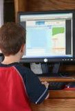 男孩计算机 免版税图库摄影
