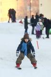 男孩滑雪在Bakaceva 免版税库存图片