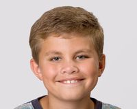 男孩headshot纵向年轻人 图库摄影