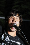 男性歌唱者年轻人 免版税库存图片
