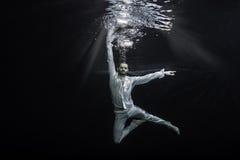 男性跳芭蕾舞者 图库摄影