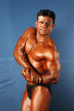 男性身体建造者 免版税库存图片