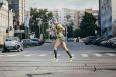 男性运动员运行中 免版税库存图片