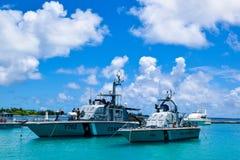 男性,马尔代夫10月7日2015年:火和抢救船停放在码头 免版税库存照片