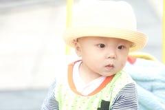 男婴儿童车覆盖illusytration星期日 图库摄影