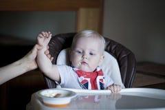 男婴在家 库存图片