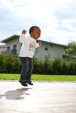 男婴庭院年轻人 图库摄影