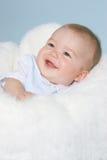 男婴微笑 免版税库存图片