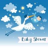 男婴阵雨与鹳的邀请卡片 免版税库存图片