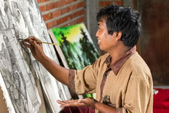 画家在工作 免版税库存照片