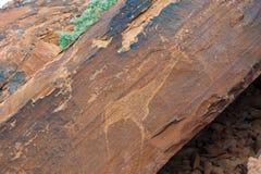 画推菲尔泉,纳米比亚的岩石 免版税库存照片