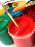 画笔刺激许多油漆 免版税库存图片
