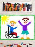画:微笑的男孩坐他的轮椅 有朋友的残疾男孩 免版税库存照片