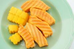 番木瓜和芒果 免版税库存照片