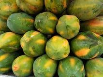 番木瓜果子是甜的 库存图片