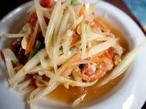番木瓜沙拉泰国烹调辣可口 库存图片
