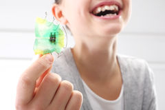 畸齿矫正术,美好的微笑 免版税库存图片