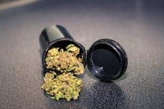医疗大麻盖帽 库存图片
