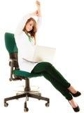 医疗 研究计算机膝上型计算机的妇女医生 图库摄影